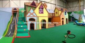 Playhouse Town (1)